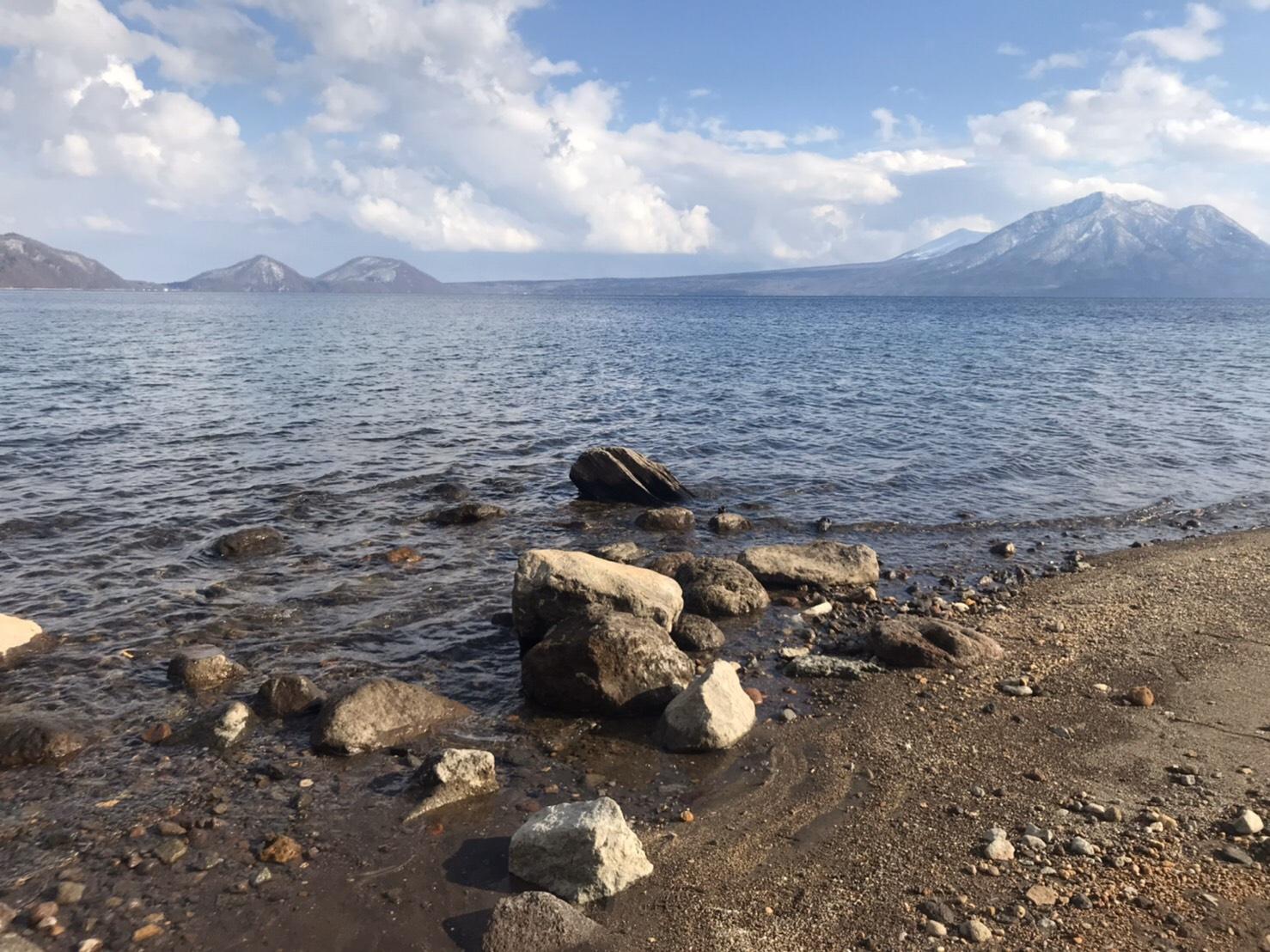 支笏湖の水質は何度も日本一に輝く程。透明度も高い