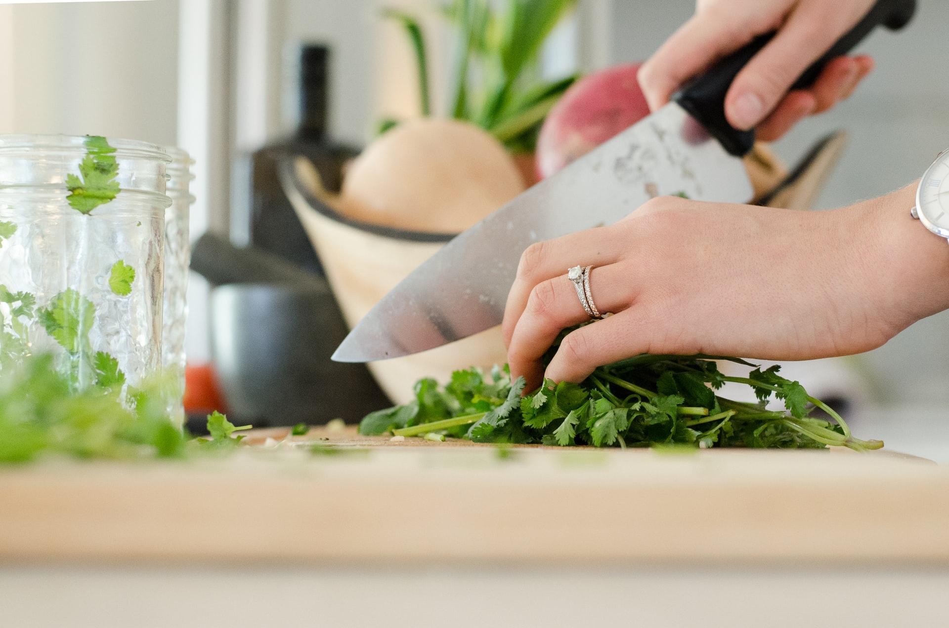 バーベキューの野菜は大きく厚めに切る